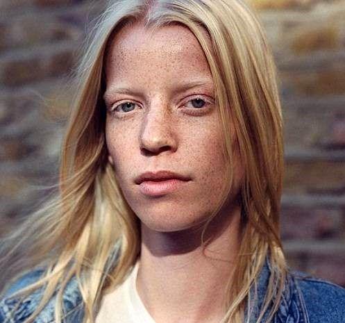 معرفی عجیب ترین زنان مدلینگ دنیا (عکس) 1