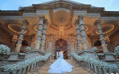 عروسی میلیاردی به سبک سیندرلا در لواسان (عکس) 1