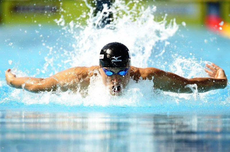 فواید و ضرر های ورزش شنا 1