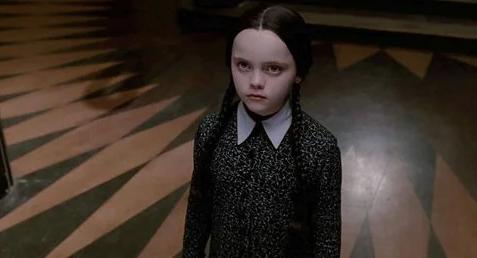 سریال لایو اکشن The Addams Family توسط تیم برتون در دست ساخت است 1