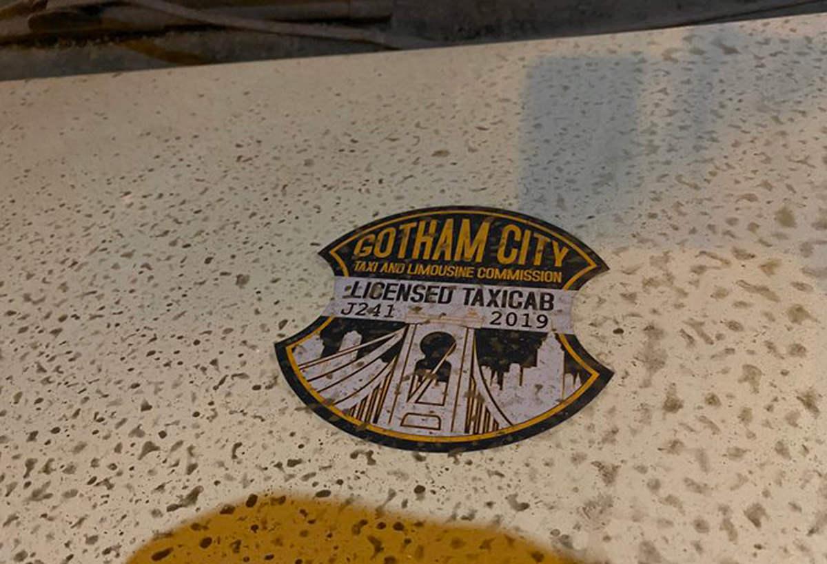 تصاویر تازه The Batman احتمالاً زمان وقوع حوادث فیلم را فاش میکند 1